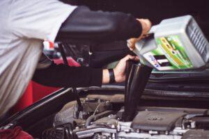 Motor macht Geräusche zu wenig Öl